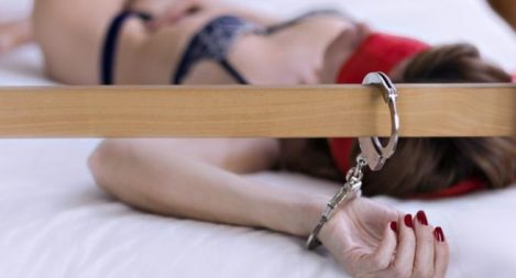 BDSM Tampa: How To Use Handcuffs During Sex In The Best (And Safest) Way If you're looking for a beginner's way in, handcuffs are a really simple and super-fun way to start.